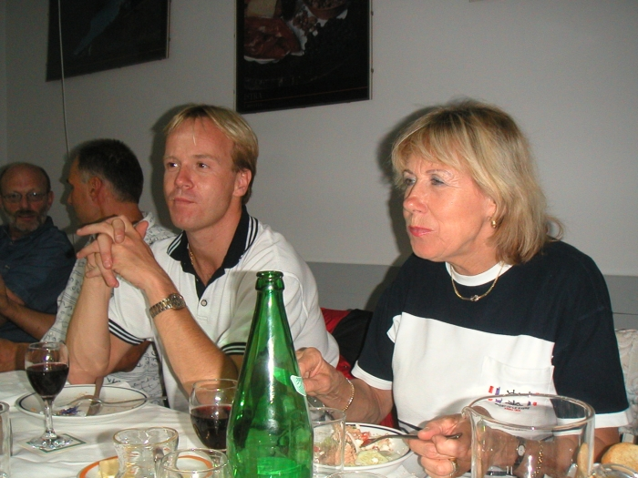 Mutter und Sohn …